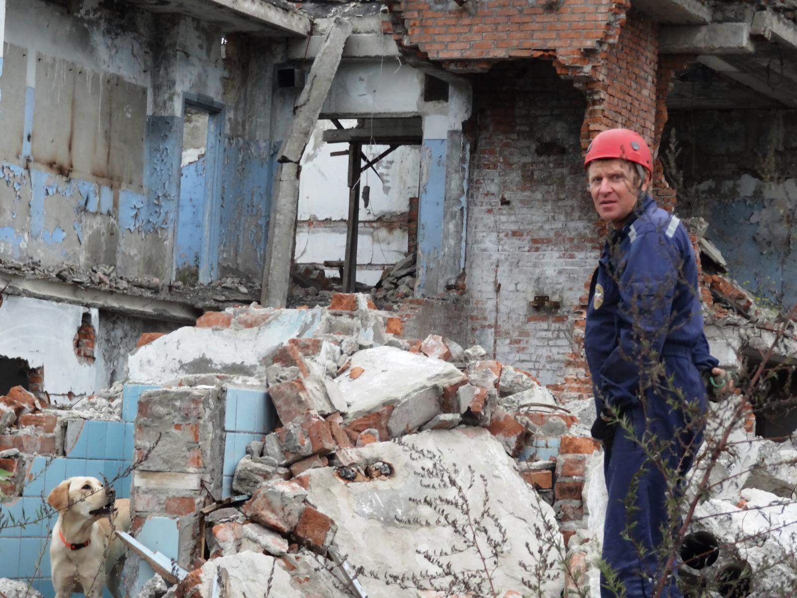 Sergej Pivovarov ze Stavropolu a jeho čtyřnohý společník zachránili desítky lidí 3